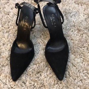 Gucci high heels suede closed toes size 36